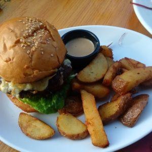 Cheesburger mit Haggis